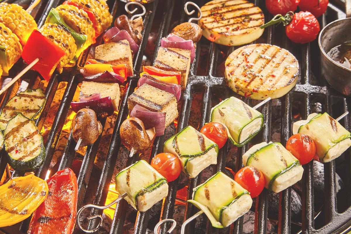 Ein vegetarischer Spieß als Symbol für gesunde Ernährung