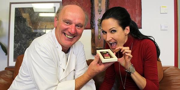 Lana im Interview mit Josef Zotter von Zotter Schokoladen bei einem Bloggerausflug