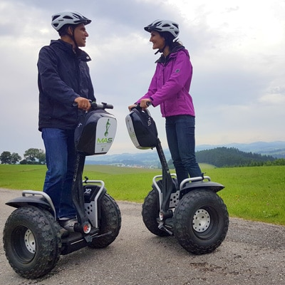 Sandra und Matthias Exl bei einer Segway Tour im Mühlviertel mit Mühlviertler Almschweben (MAS)