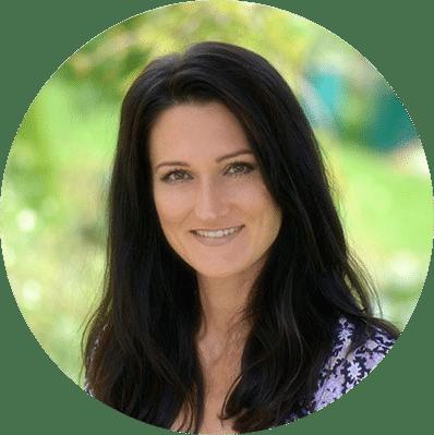 Sandra Exl von Lanaprinzip im Garten
