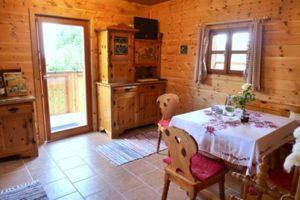 Ein Zimmer beim Urlaub am Bauernhof Schlinthof in Liebenfels, Österreich