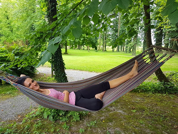 Sandra Exl im Park vom Kurhaus Schärding